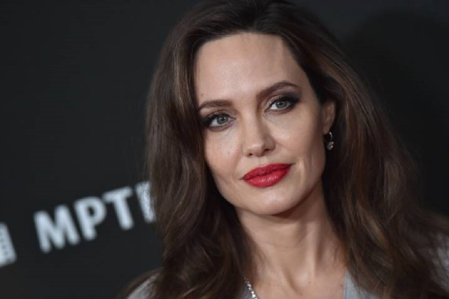 angelina-jolie-net-worth